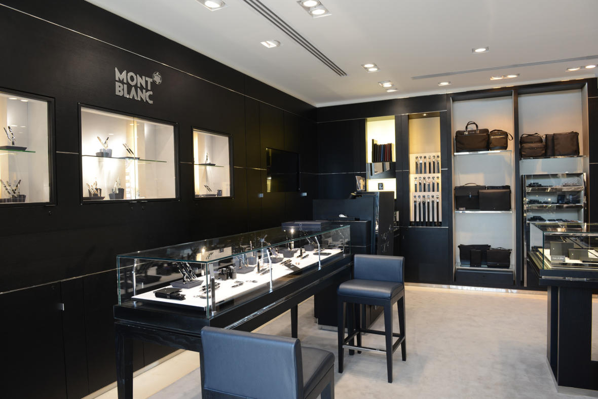 montblanc s new boutique in jeddah. Black Bedroom Furniture Sets. Home Design Ideas